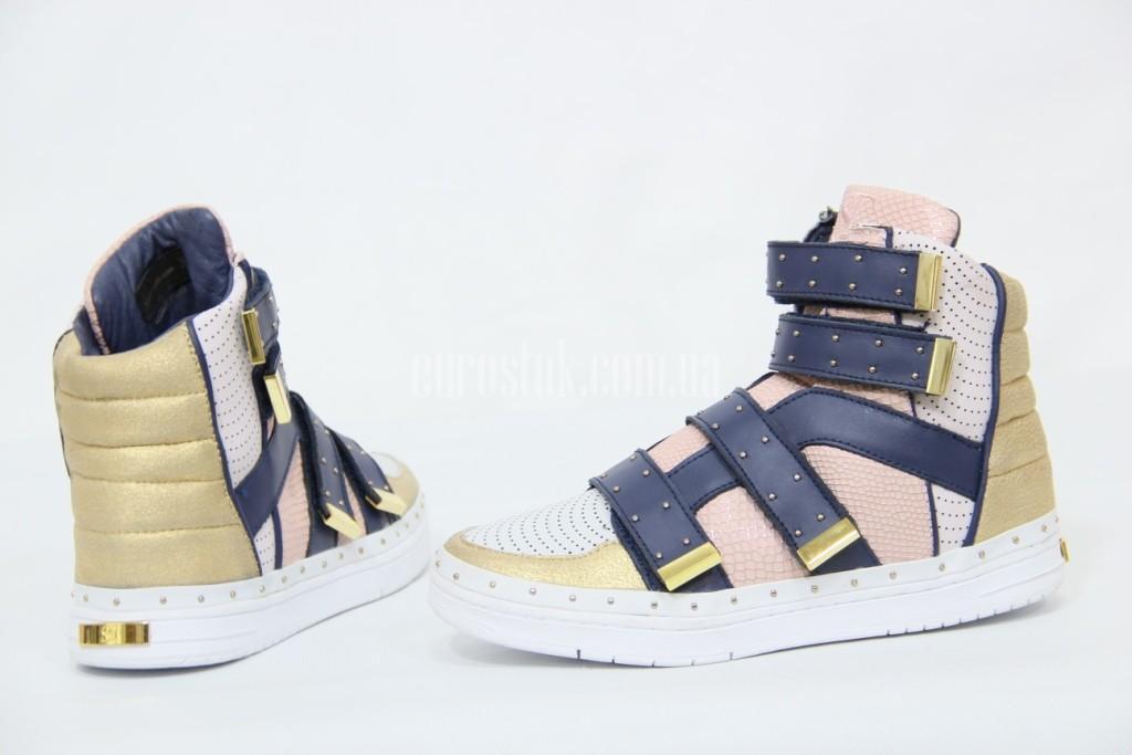 Обувь!
