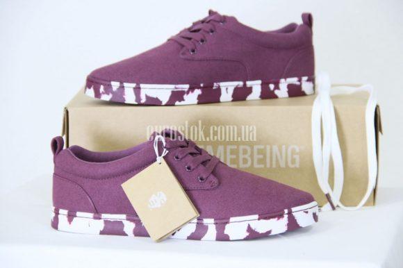 Сток мужской обуви Supremebeing